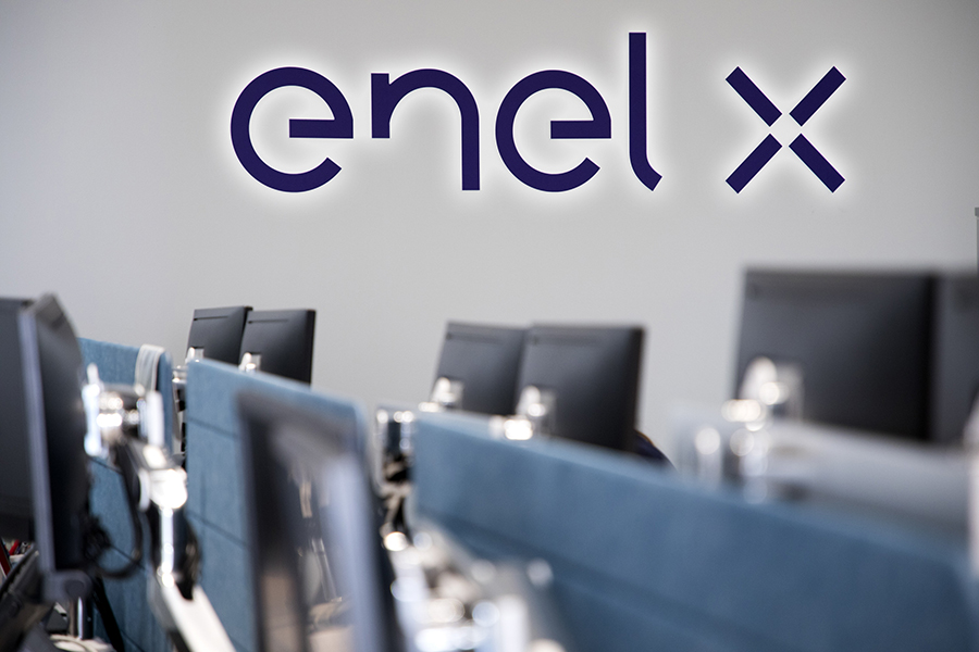 Enel X is named ETCR's Official Smart Charging Supplier